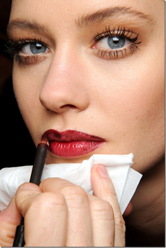 GUCCI-FALL-RTW-2011-BEAUTY-019_runway