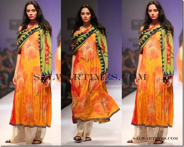 Anupama_Dayal_Designer_Salwar_Kameez