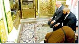 Arnoud Van Doorn masuk islam