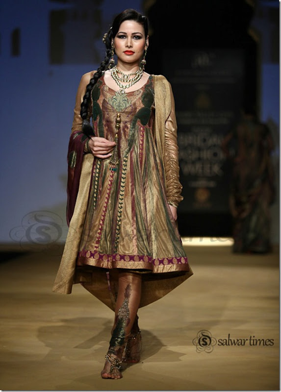 Ashima_Leena_India Bridal_Fashion_Week 2013 (2)