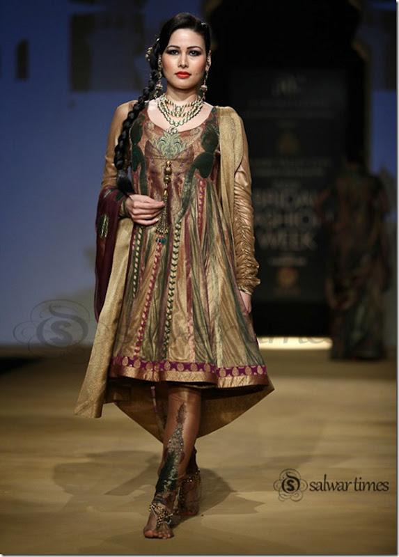 Ashima_Leena_India Bridal_Fashion_Week 2013 (2)