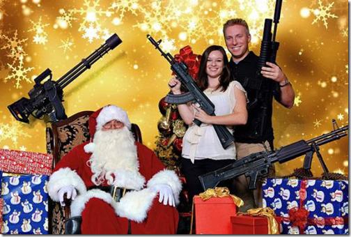 Arizona se posa con metralletas
