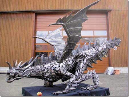 dragon-statue-life-size-scrap-metal-art