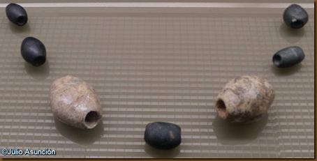 Cuentas de collar del dolmen de Aizibita - Museo de Navarra
