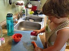 bambina-cucina