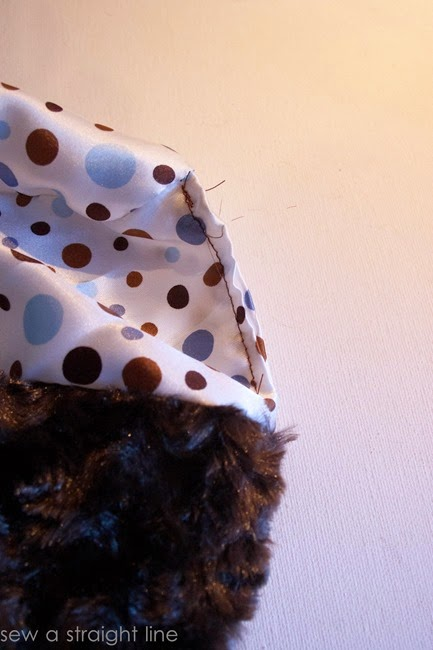 all dressed up winter hat and handwarmer sew a straight line-12