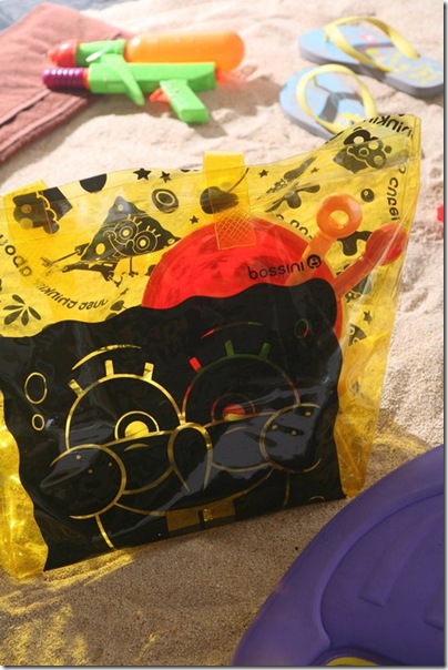 bossini x Spongebob beach bag design 02