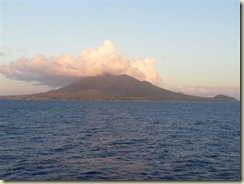 20130425_Nevis Sailaway Up Close (Small)