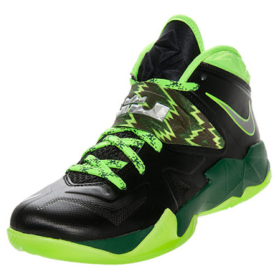 nike zoom soldier 7 gr black neon green 1 01 Nike Zoom Soldier VII Black / Neon Green Available at Finishline