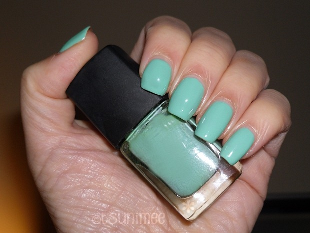 06-gold-by-giles-nail-polish-turquoise-review