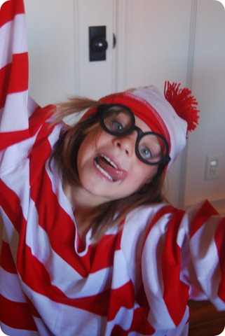 Halloween Costume Play (4)