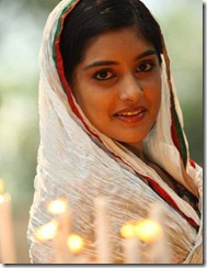 niveda_thomas_cute_in_Romans_movie_pic