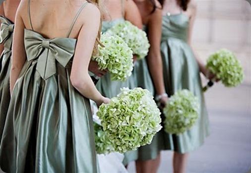 green hydrangea bridesmaids bouquets2 erin volante