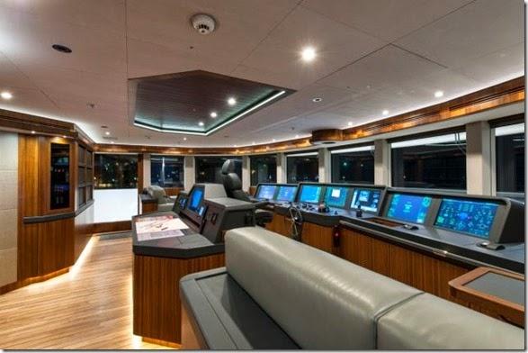 yacht-rental-rich-016