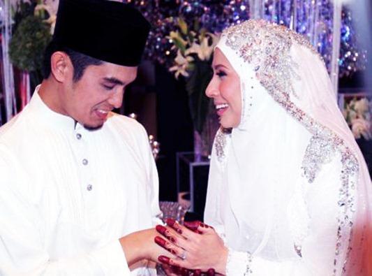 Majlis Perkahwinan Irma Hasmie dan Reza Syah Azmeer2