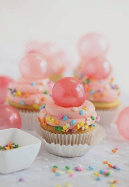 SprinkleBakes Bubble Gum Cupcakes with Gelatin Bubble Topper Tutorial 6