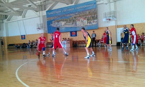 turnir-veteranov-basketball-v-sevastopole-2012-4