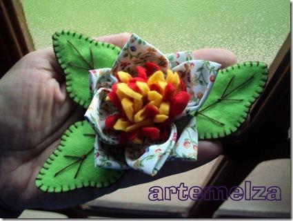artemelza - flor em pano e feltro 3