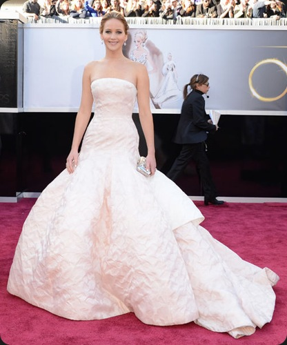 oscars-2013-jennifer-lawrence-dior-haute-couture