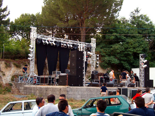 scigliano_live_4_20101009_1063963682.jpg