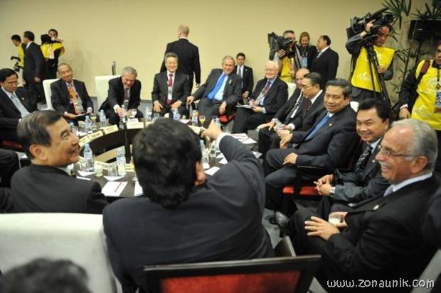foto keseharian Presiden Indonesia Susilo Bambang Yudhoyono (22)