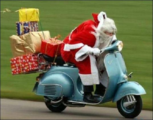 scooter_santa-a
