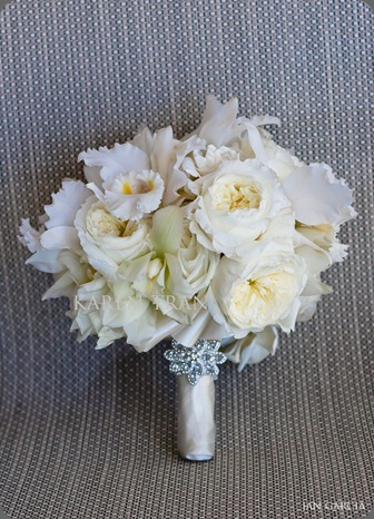 elegant-bridal-bouquet karen tran