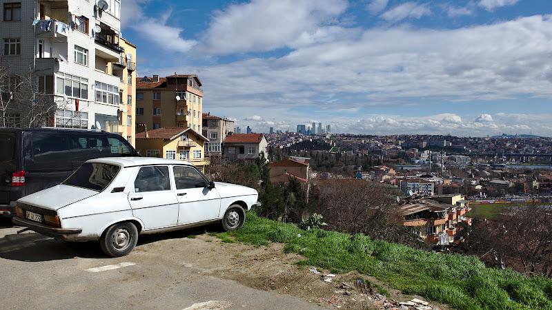 Renault Taurus e inca la putere in Tucia.