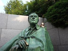 CM on FDR's shoulder