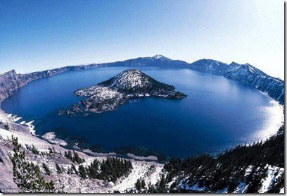 this crater lake in oregon as a result of the collapse of a magma chamber after volcano eruption