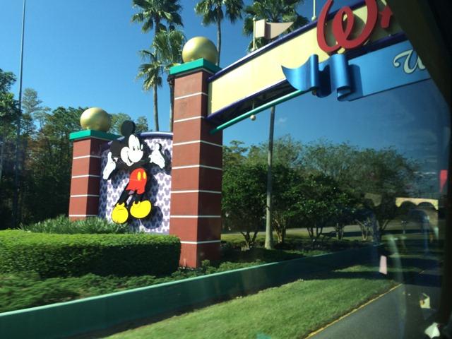 Disney Sunday Iphone 037