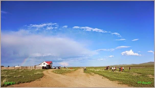 彩虹下的小屋