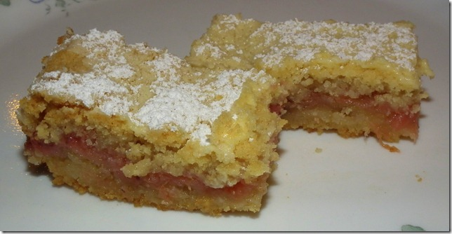 Strawberry Rhubarb Hungarian Shortbreaad 4-30-12