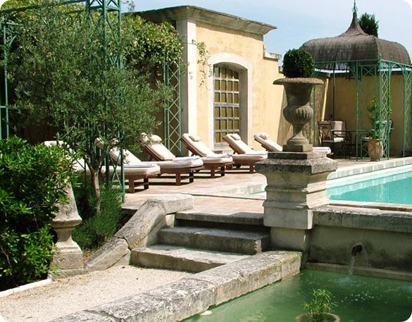 chambre-hotes-avignon-avec-piscine-2