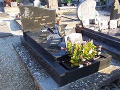 2008.09.26-016 tombe de la Mère Denis