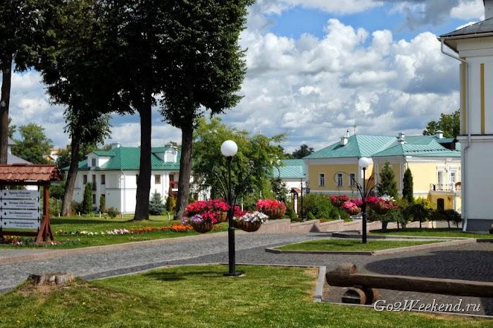 Pushkarskaya_sloboda_hotel_suzdal
