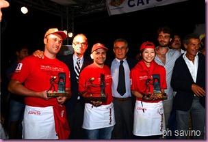 I vincitori del XII Trofeo Caputo, sul palco della premizione, assieme ai Caputo del Molino Caputo-ph.Luigi Savino