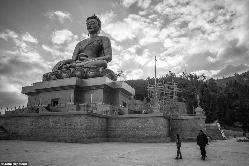 Phóng sự - phóng sự ảnh - Phật giáo thế giới - Người Áo Lam - 007