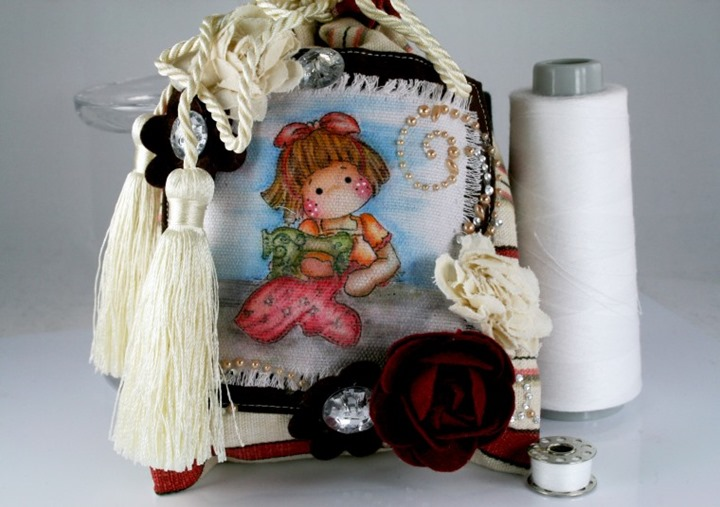 Claudia_Rosa_sewing pouch_2