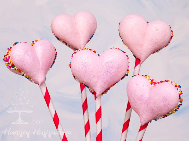 Meringue Hearts Pops HH 11