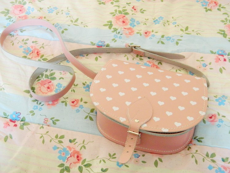 Zatchels-Love-Heart-Saddle-Bag-Satchel-Sale-Review