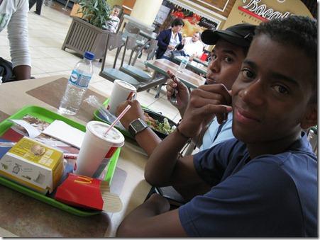 2011-08-15 Kevin y David 129