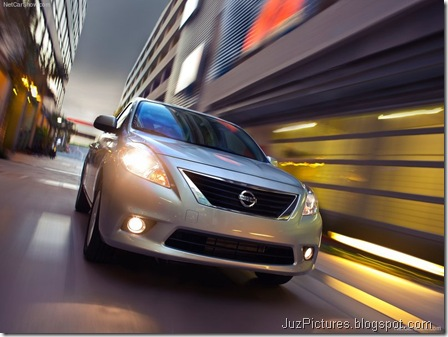 Nissan Versa Sedan 3