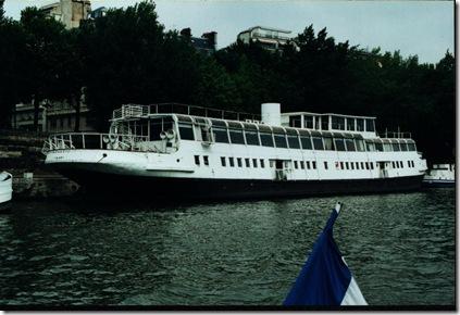 Nomadic II in Paris