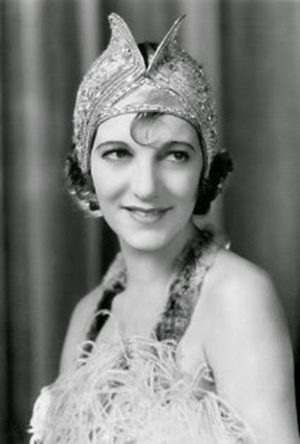 Gertrude Lawrence 004