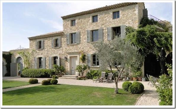 Luxury-villa-france-provence-notre-dame-04