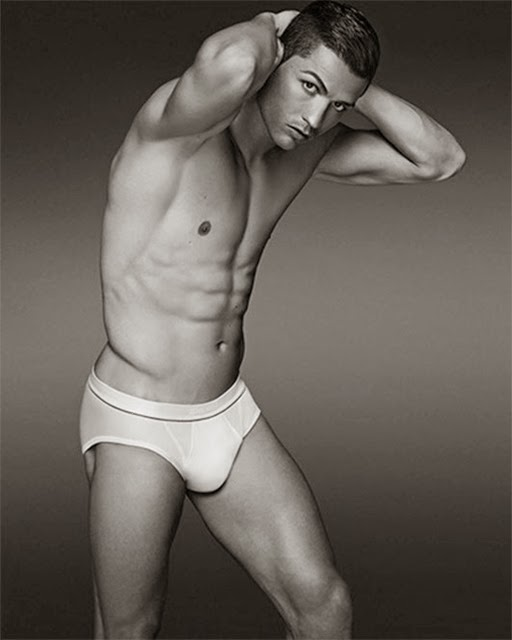 Cristiano-Ronaldo-for-CR7-Underwear-02