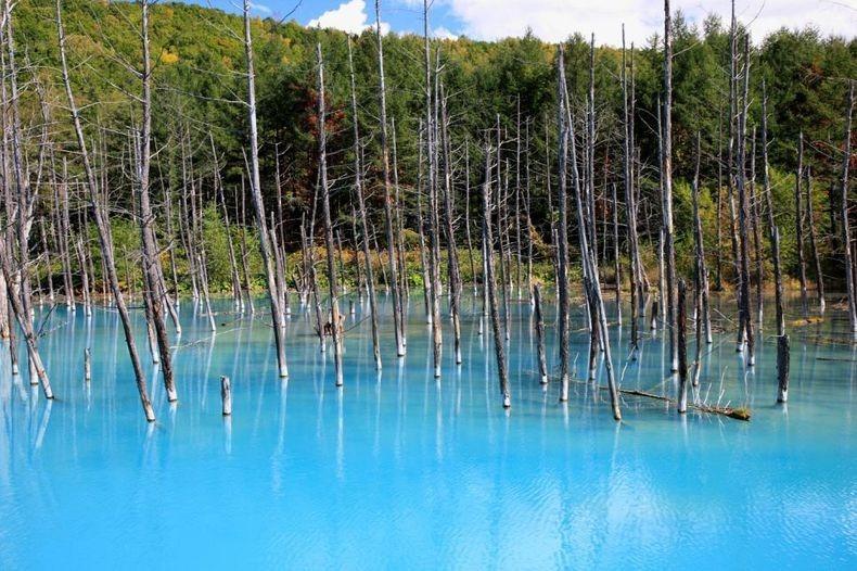 blue-pond1