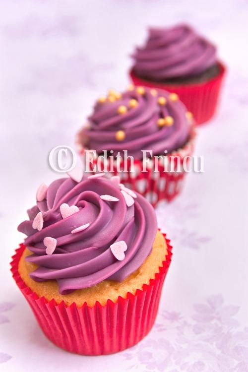 purple cupcakes 2
