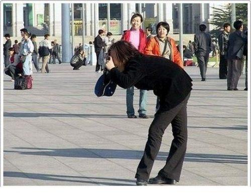 divertenti-pose-dei-fotografi-18.jpg